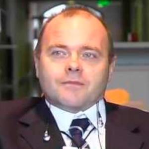 Dr. Eduardo Stonski