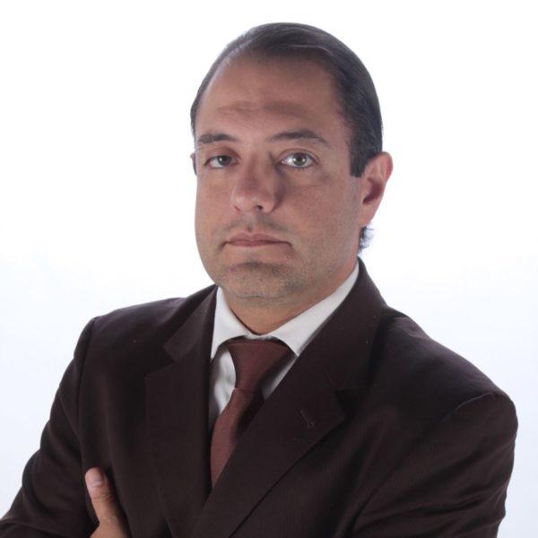 Dr.-Alfredo-Cavorrubias[1]